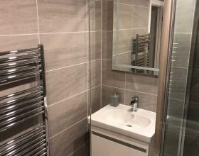 Heaton - bathroom